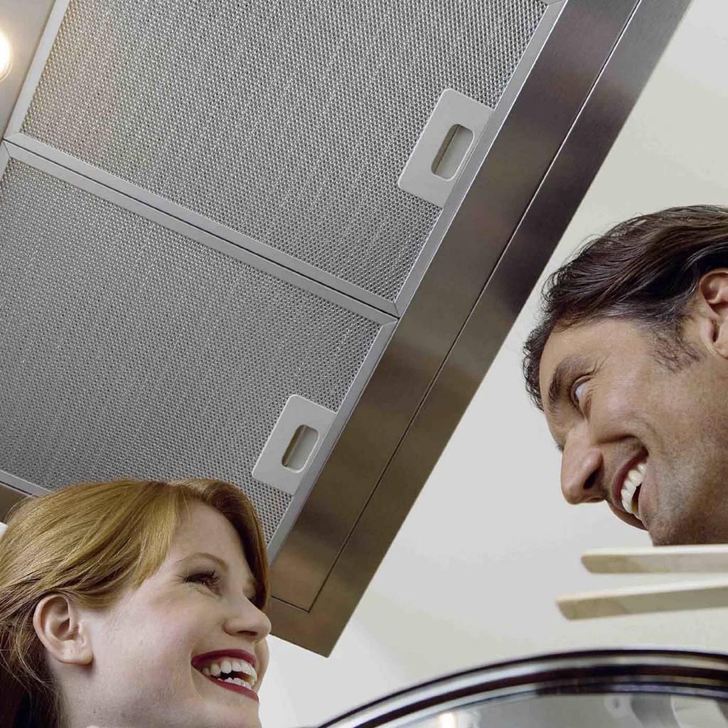 die dunstabzugshauben von oranier mehr kopffreiheit ist trumpf. Black Bedroom Furniture Sets. Home Design Ideas