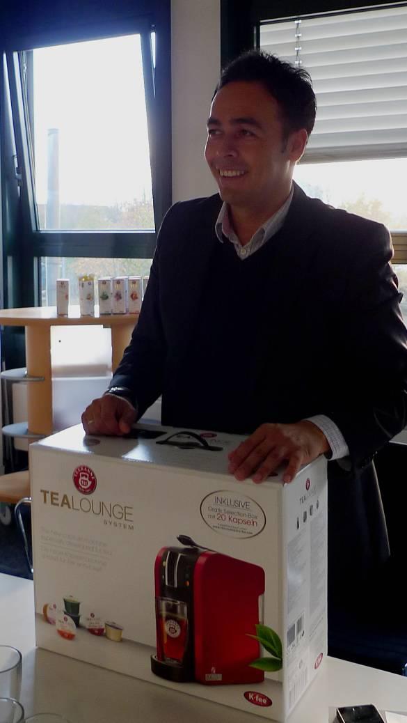 """""""""""Wir nähern uns der flächendeckenden Distribution"""", André Punpocha, Key Account Manager/Leiter CE Retail bei Teekanne."""