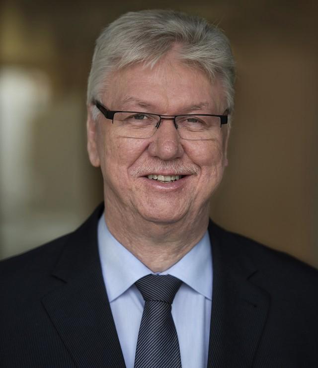 Vorstandsvorsitzender Volker Müller ist optimistisch für 2015.