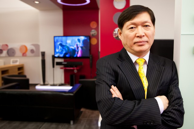 Young W. Lee, CEO LG
