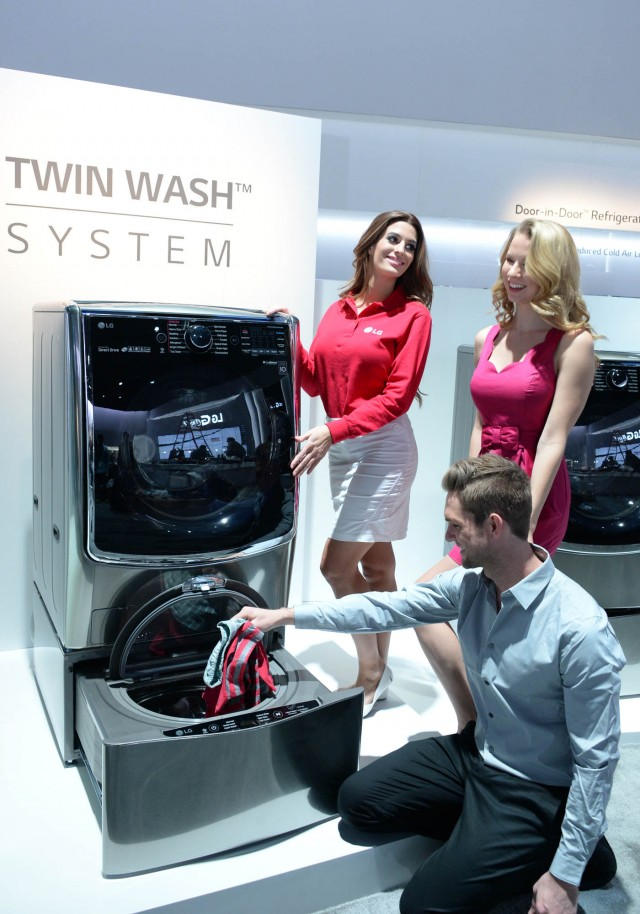 "LG ""Twin Washer"""
