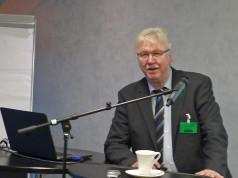 Volker Müller, expert