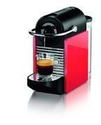 Die Nespresso Pixie Clips Kaffeemaschine mit Coral-Red Seitenteilen