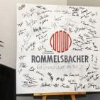Gäste-Signaturen werden die Rommelsbacher immer an die herrliche Einweihung erinnern.