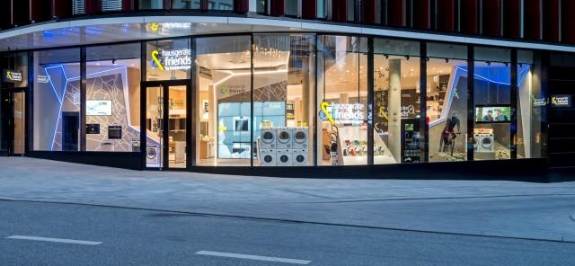Auf nach Hamburg: Hausgeräte der neuesten Generation präsentieren sich in einem Marken- und Erlebnisshop der neuesten Generation. Fotos: Buddenhagen