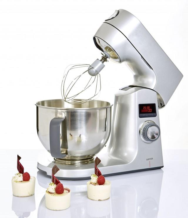 Jupiter Küchenmaschine Variomaxx mit 12 Geschwindigkeitsstufen.