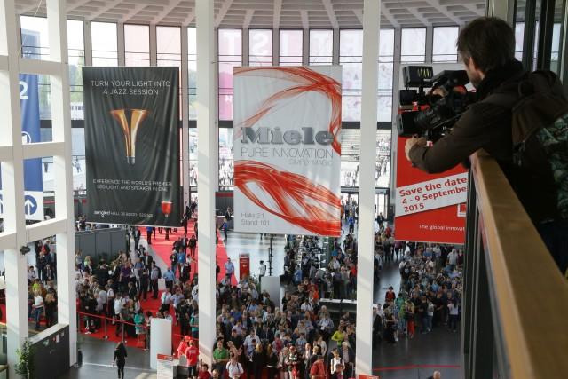 IFA-Tickets im Vorverkauf verhindern das Schlangestehen vor der Tageskasse. Foto: Messe Berlin