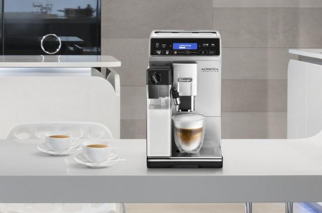Die kompakten Vollautomaten von De'Longhi erfüllen Kaffeeliebhabern beinahe jeden Wunsch, von Latte Macchiato über Caffè Latte bis hin zum Flat White.