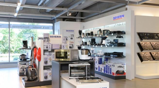 Das Möbelhaus Spilger im unterfränkischen Obernburg installierte jetzt den ersten Markenshop von Severin im Einrichtungshandel.