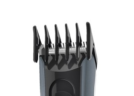 Carrera Bartschneider No 623 mit USB-Akkuaufladung.