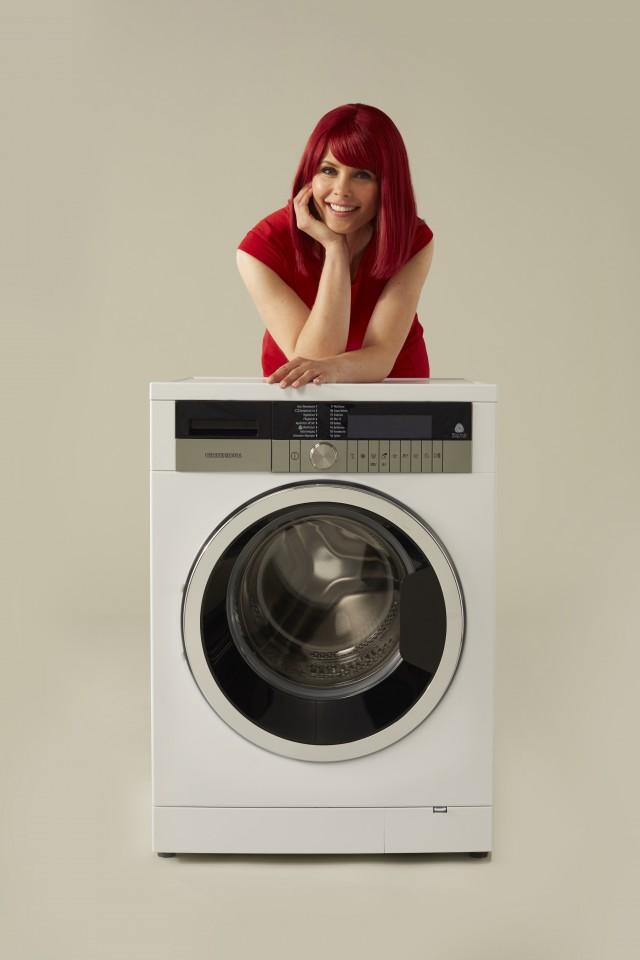 Die Grundig Waschmaschine GWN 59464 C in Vorderansicht