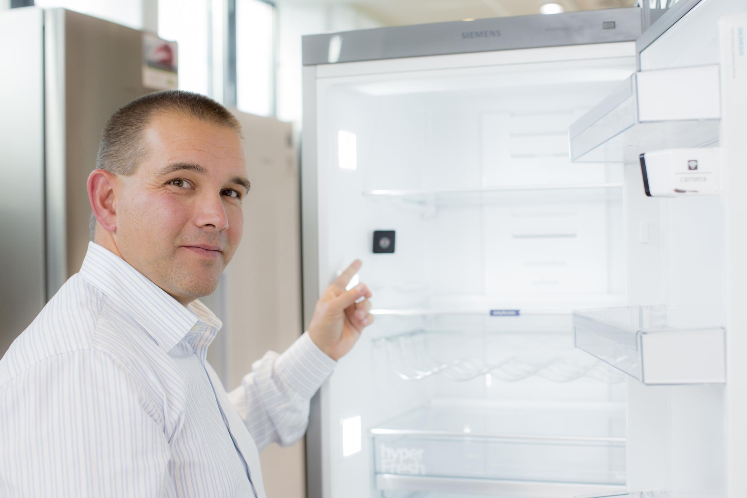 Siemens Kühlschrank Kamera : Kühlschrank mit eingebauter kamera managt einkauf