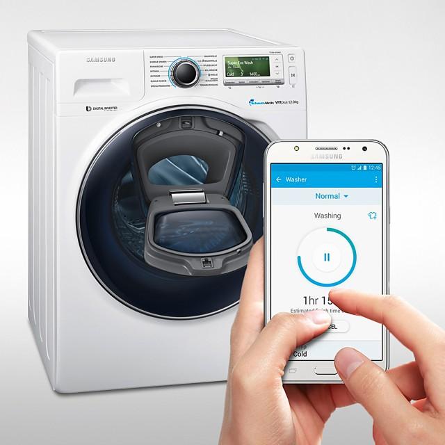 Samsung Waschmaschine AddWash WW8500 mit Nachladetüre im Bullauge.