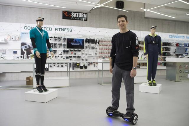 Neue Wege in der Präsentation von Technik-Innovationen: Saturn Connect.