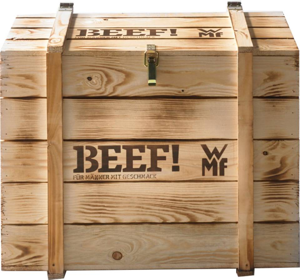 Standesgemäßer Auftritt: die Profi Plus Küchenmaschine BEEF! Wird mit einer massiven Holzkiste an den Mann gebracht.