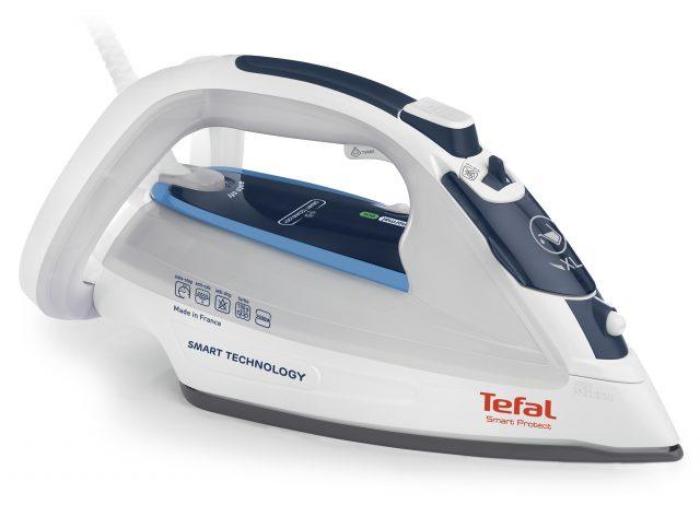 Tefal Bügeleisen Smart Protect FV4970 mit automatischer Dampf- Temperaturkombination.