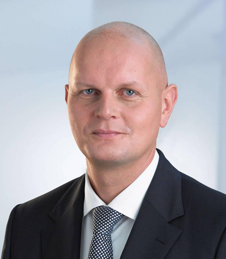 """""""Wir sind mit der Neuausrichtung des Unternehmens für mehr Wachstum, Kundenorientierung und unternehmerisches Handeln auf dem richtigen Weg"""", Olaf Koch, Vorstandsvorsitzender Metro AG."""