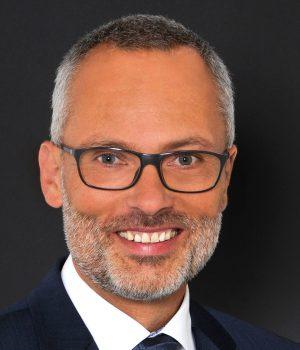 Roman Schäfer hat bei Liebherr in Ochsenhausen die Vertriebsleitung Handel Deutschland übernommen.