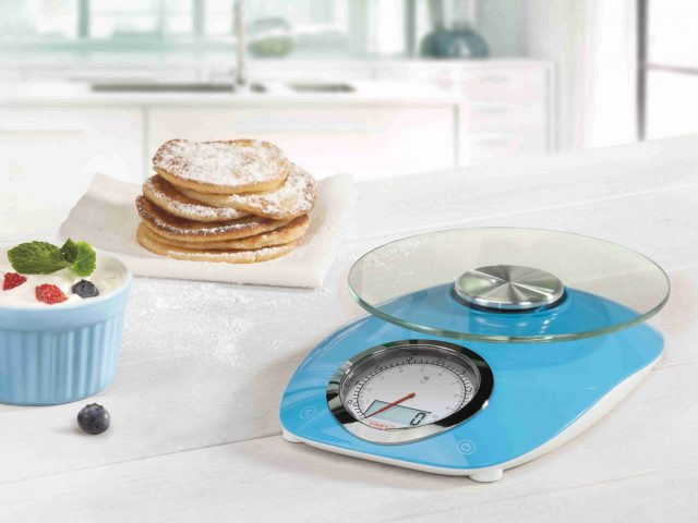"""Die Soehnle Küchenwaage """"Retro Style"""" in Blau"""