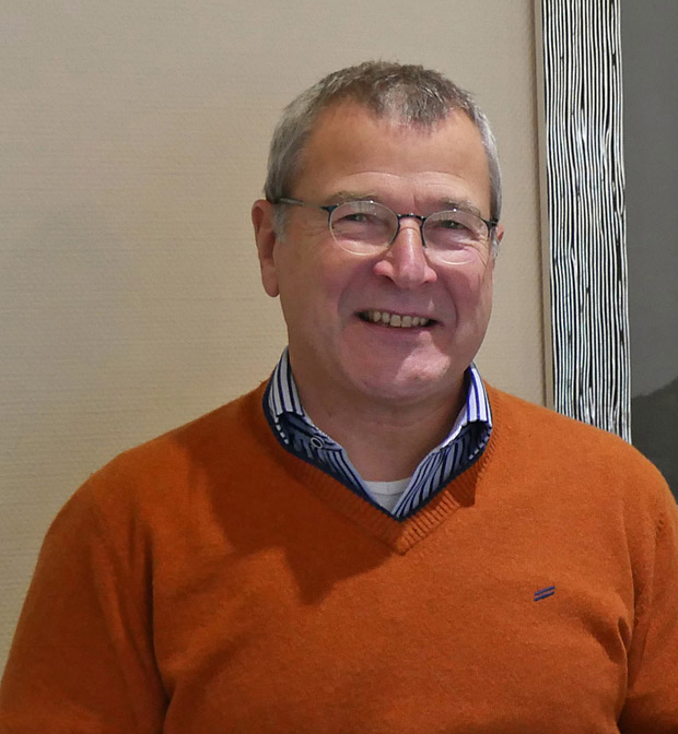 Heinz Götz scheidet zum 31. Dezember 2015 aus.