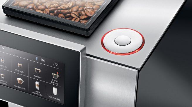 """Neues Bedienkonzept: Der Premium-Vollautomat Z8 von Jura erhebt den Kaffeegenuss in eine ganz neue """"Full Touch""""-Dimension."""