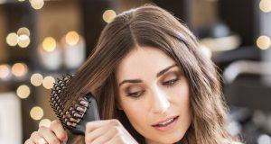 Remington Glattbürste CB7400 isr Haarbürste und Glätter in einem Gerät.
