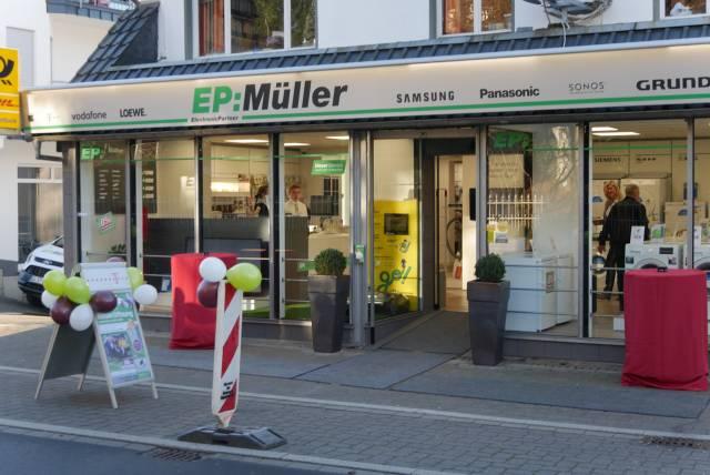 """Eine Woche lang war EP: Müller in Ruppichteroth für den Umbau komplett zu. Am Dienstag vergangener Woche begann dann die neue Ära der """"Erlebniswelten""""."""
