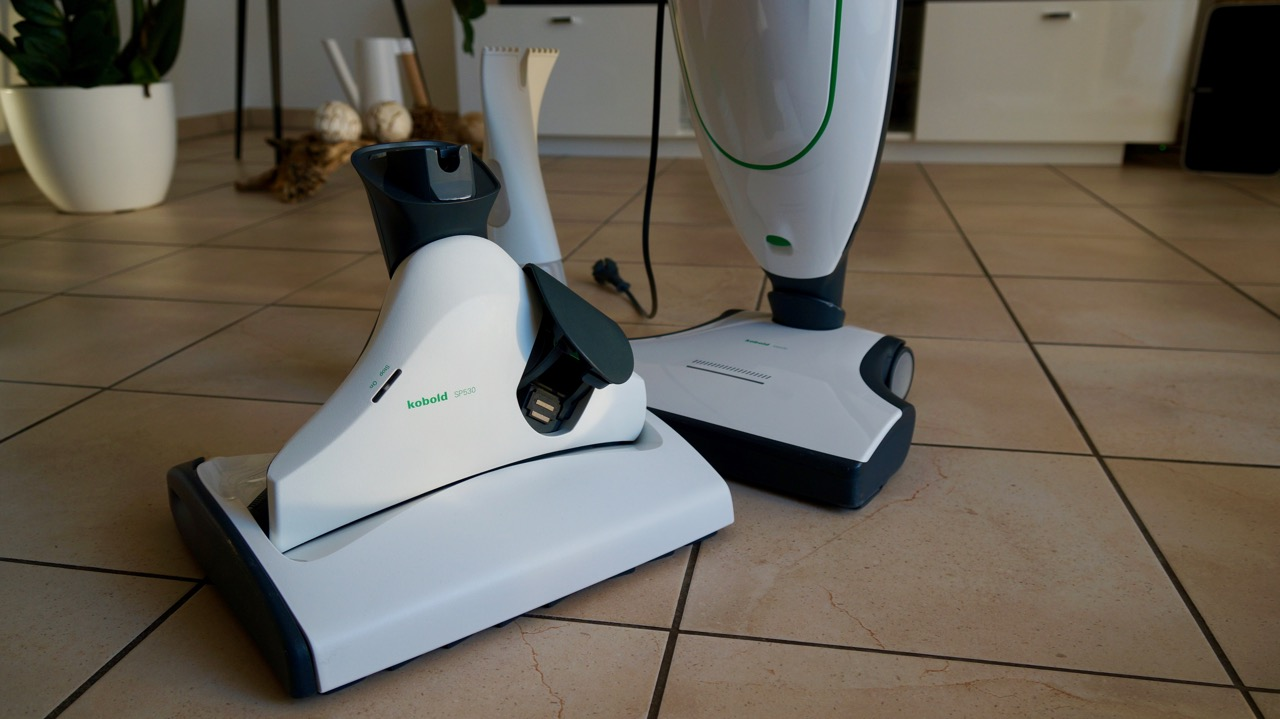 test vorwerk kobold vk200 mit saugwischer sp530. Black Bedroom Furniture Sets. Home Design Ideas