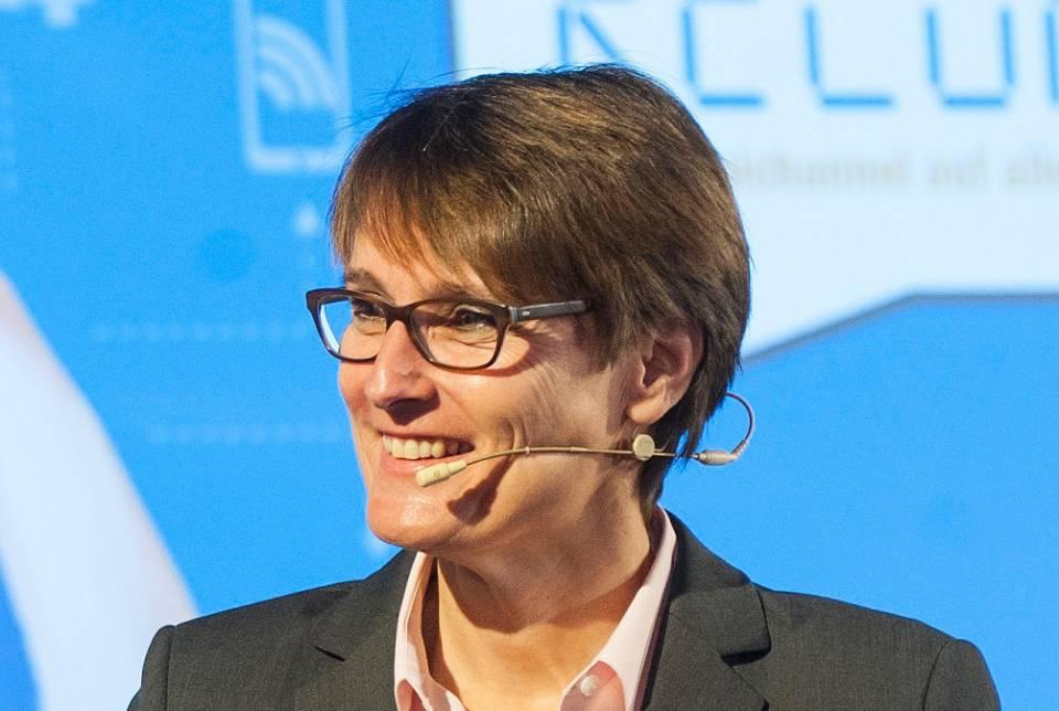 Susanne Sorg, Vorstand EK/servicegroup