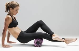 Medisana Massagerolle PowerRoll Soft mit Tiefenvibration.