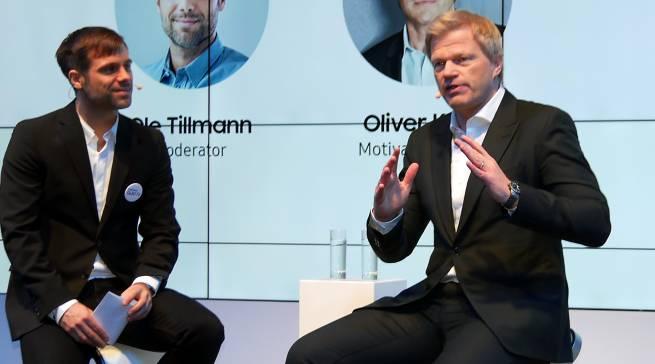 Kabinenansprache für klare Ziele: Torwart-Titan Oliver Kahn.