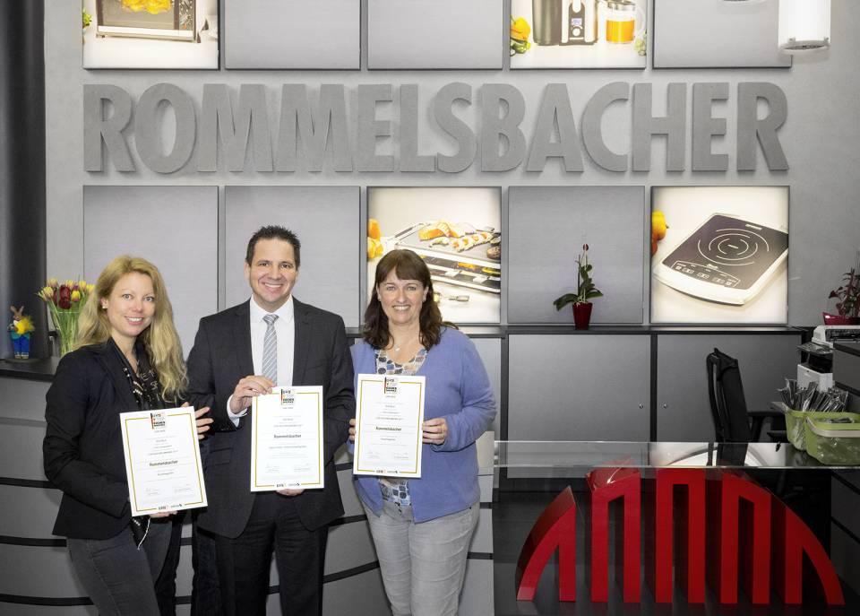 Freuen sich über die Auszeichnung (v.l.n.r.): Fabienne Reinhard- Herrscher (Technische Leitung), Jürgen Clement (Vertrieb), Sigrid Klenk (Geschäftsführung).