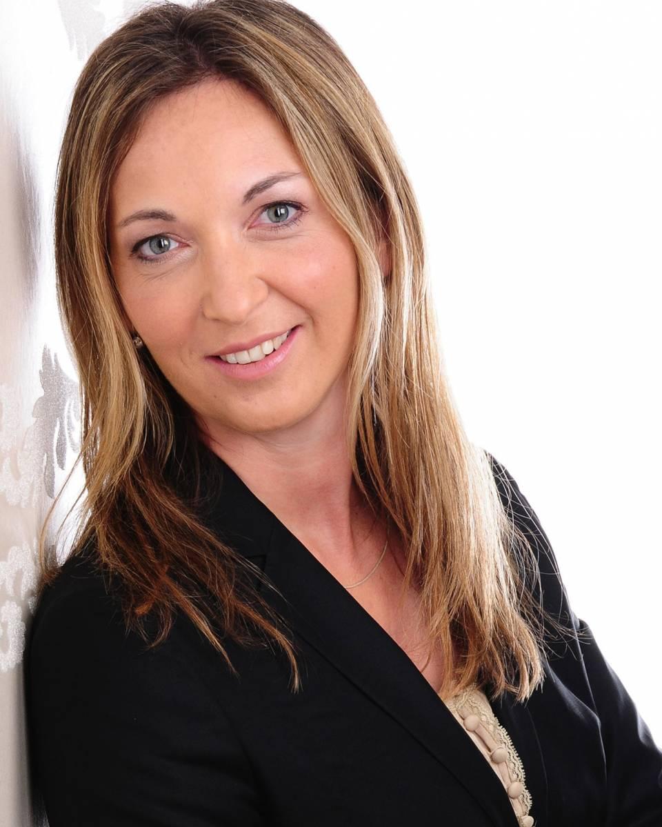 """Andrea Bender, Leitung Marketing und Produktmanagement der Elektrokleingerätesparte der WMF Group: """"Die sehr guten Bewertungen und Platzierungen zeigen, dass wir unsere Produkte richtig auslegen und dabei die richtigen Schwerpunkte setzen."""""""