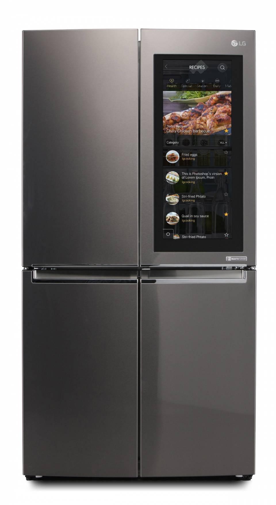 Der InstaView Door-in-Door Kühlschrank von LG lässt nach zweimaligem Klopfen einen Blick in den Innenraum zu.