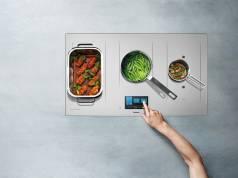 Das Induktionskochfeld KY-T936SL von Panasonic steht für leistungsstarkes Kochen bei geringem Energieverbrauch.