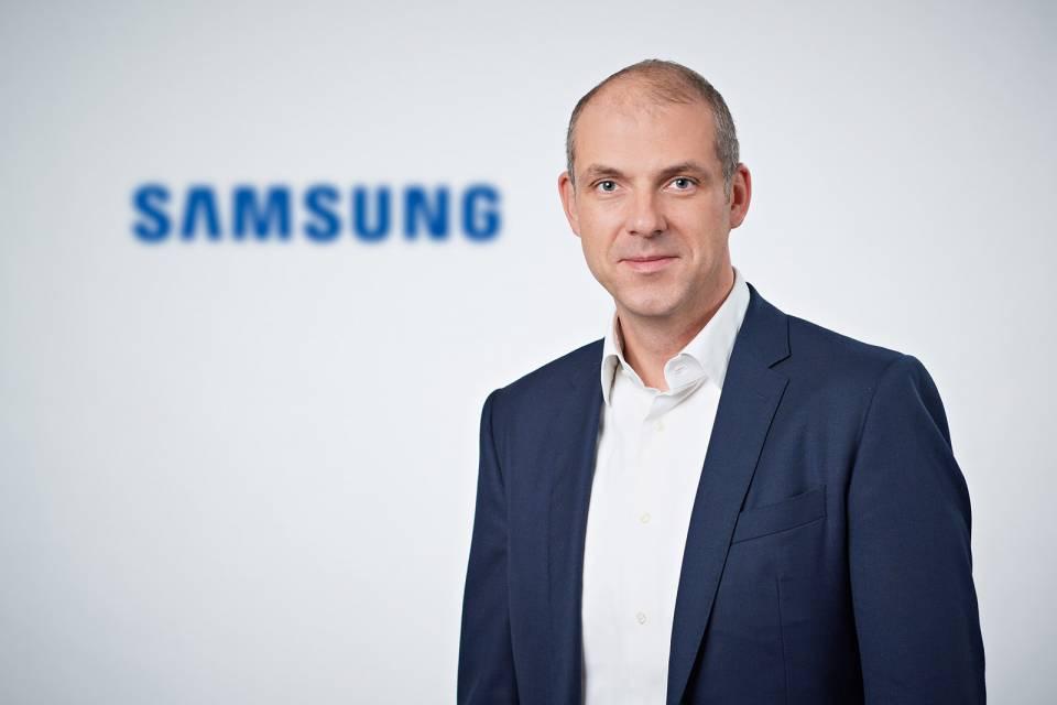 Freut sich über 30 % mehr Besucher für die Weiße Ware und fast ein Drittel Umsatzsteigerung im Vergleich zum Vorjahr: Alexander Zeeh, Director Home Appliances Samsung Electronics.