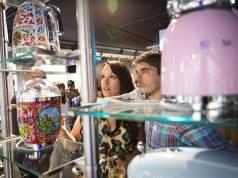 Erstmals in Deutschland gab es bei der Store-Eröffnung in München die von Dolce&Gabbana gestalteten Kleingeräte zu sehen.