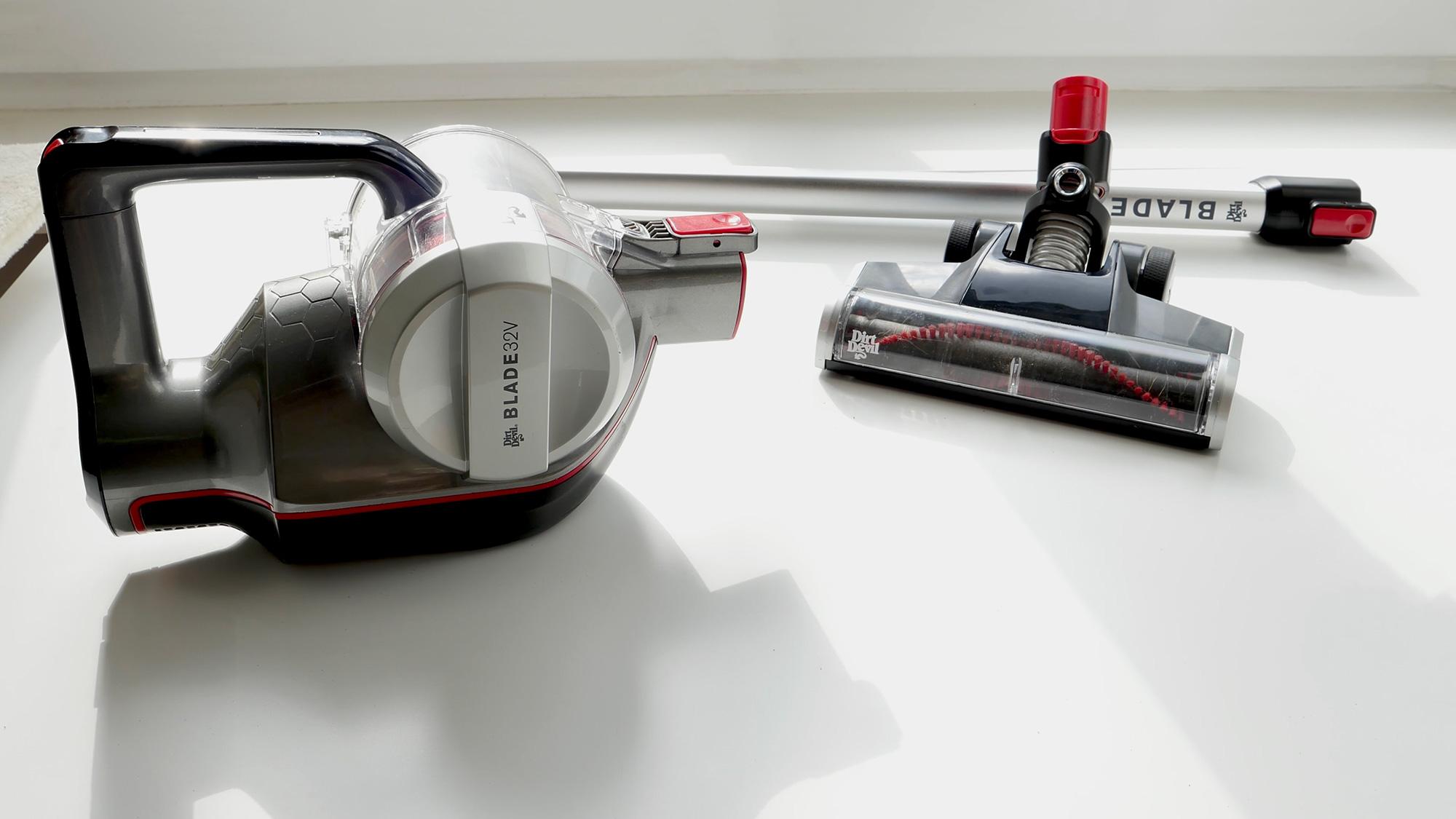 dirt devil staubsauger roboter test elegant dirt devil m. Black Bedroom Furniture Sets. Home Design Ideas