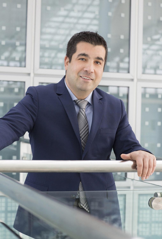 """""""Unsere Kunden finden bei uns immer die richtigen Produkte: in jeder Preislage, für jeden Kanal und ausgestattet mit den neuesten Technologien"""", Vestel Germany Geschäftsführer Özcan Karadogan."""