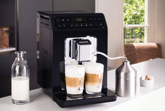 Krups Kaffeemaschine Evidence mit Quattro-Force-Technologie.