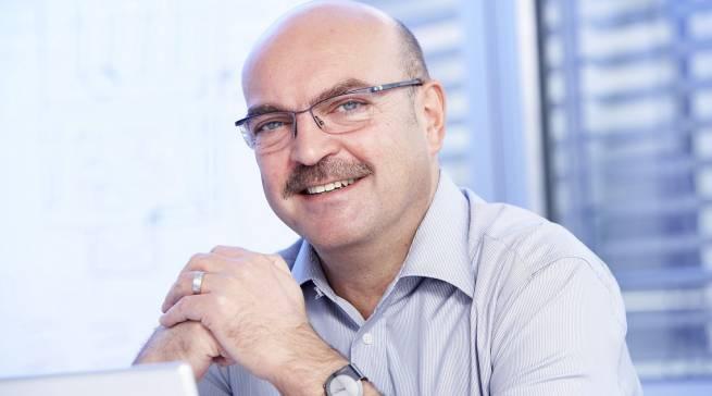 """""""Unsere Fachhändler bieten nicht nur ein Produkt, sondern eine Komplettlösung für jeden Kunden"""", weiß telering-Geschäftsführer Frank Schnur."""