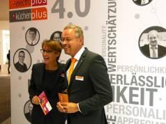 """EK-Vorstand Susanne Sorg und Lutz Burneleit, Bereichsleiter des Geschäftsfeldes Comfort bei der EK sind überzeugt: """"Wir glauben, dass das Fachgeschäft Zukunft hat, wenn es richtig aufgestellt ist! Die Qualifizierung ist daher für uns eine Herzensangelegenheit."""""""