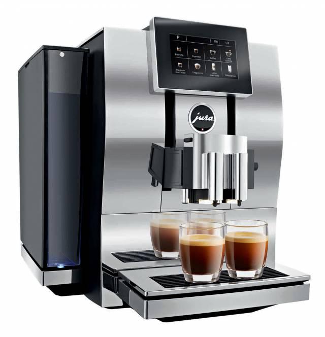 Der JURA Kaffeevollautomat Z8, in Alu/Chrom