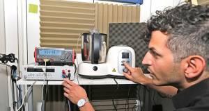 Im Labor wurden die zehn Küchenmaschinen mit Kochfunktion auf Herz und Nieren geprüft: Temperatur-, Lautheits- und Stromverbrauchsmessungen erfolgten anhand fester Szenarien