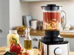 Kenwood Küchenmaschine Multipro Compact mit 2.1-Liter-Arbeitsbehälter.