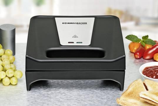 Rommelsbacher Toast & Grill SWG 700 mit wechselbaren Platten-Sets.