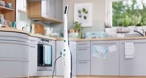 Bakterienkiller: Der CleanTenso verteilt den heißen Dampf gleichmäßig aus sechs Düsen auf den Boden.