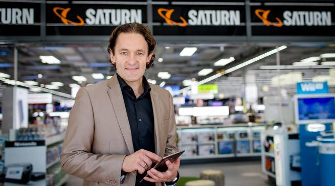 """""""Wer dem bequemen Einkauf per Smartphone oder Mausklick den Gang in ein Geschäft vorzieht, hat natürlich auch besondere Erwartungen"""", Martin Wild, Chief Digital Officer MediaMarktSaturn Retail Group."""
