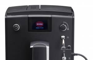 Nivona Kaffeevollautomat CafeRomatica 660 mit manuellem Easy-Spumatore.