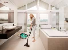 Schafft glänzende Hartböden und saubere Teppiche in einem Arbeitsgang: Aqua+ Multi Clean X10 Parquet von Thomas.